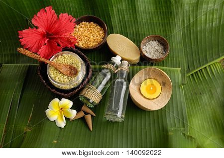Tropical spa setting and banana leaf close up
