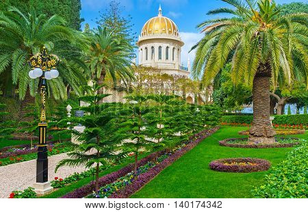 The landscape designers make the Bahai Garden the most beautiful place in Haifa Israel.