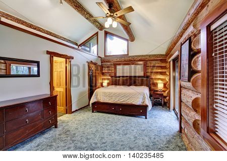 Log Cabin Bedroom With Cherrywood Furniture Set.