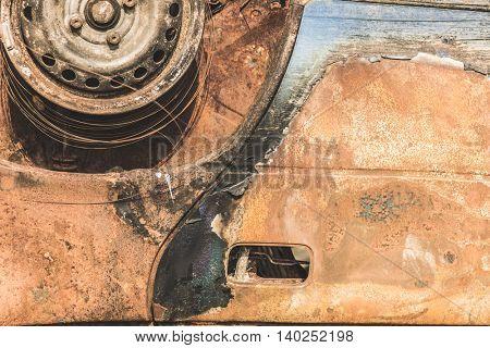 Rusty car wreck details
