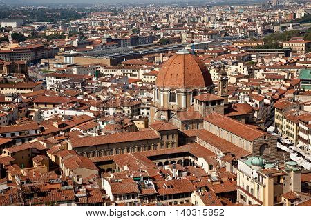 Prospect view of Florence Old City from Duomo