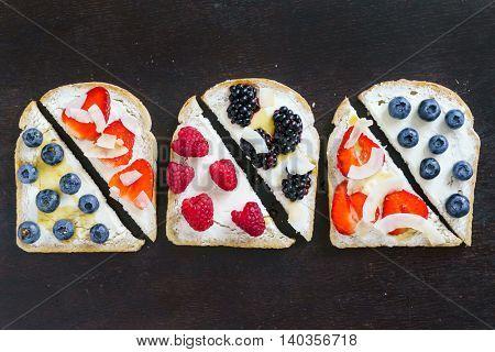 breakfast toasts