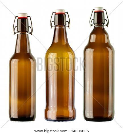 Vintage Flaschen isoliert auf weißem Hintergrund