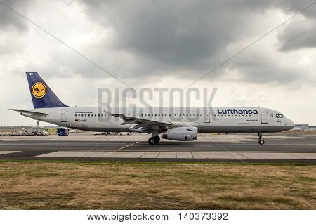 FRANKFURT GERMANY - JULY 24 2016: Lufthansa airplane Airbus A321 at the taxiway of Frankfurt International Airport