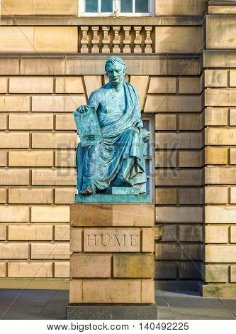 David Hume Statue Hdr