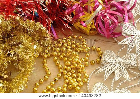 Different type of garlands to decorate a Christmas tree