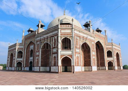 Humayun's tomb is the tomb of the Mughal Emperor Humayun in Delhi India. The tomb was commissioned by Humayun's son Akbar in 1569-70 and designed by Mirak Mirza Ghiyas.
