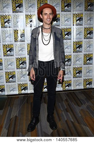 LOS ANGELES - JUL 22:  Reeve Carney arrives to the Comic Con 2016 -