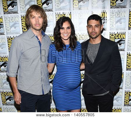 LOS ANGELES - JUL 22:  Eric Christian Olsen, Daniela Ruah & Wilmer Valderrama arrives to the Comic Con 2016 - CBS PhotoCall on July 22, 2016 in San Diego, CA