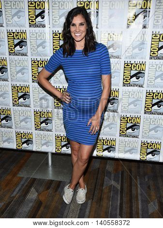 LOS ANGELES - JUL 22:  Daniela Ruah arrives to the Comic Con 2016 - CBS PhotoCall on July 22, 2016 in San Diego, CA