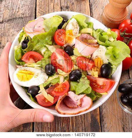 mixed salad in bowl