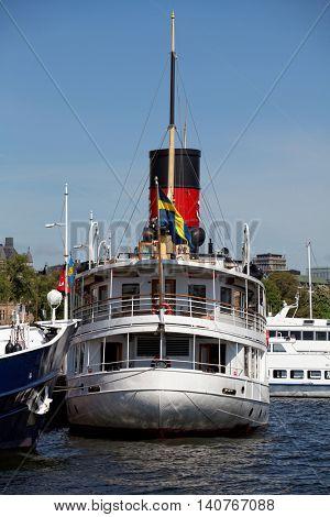 Stockholm water transport, no name ship.