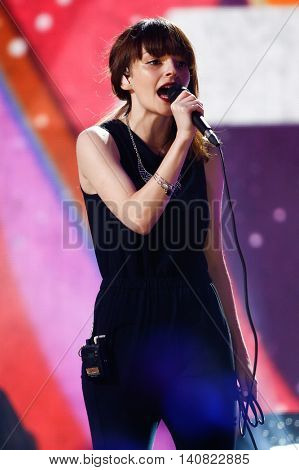 NEW  YORK-NOV 13: Lauren Mayberry of Chvrches performs on stage during VH1's 2nd Annual 'You Oughta Know Live In Concert' 2014 at Hammerstein Ballroom on November 13, 2014 in New York City.