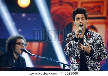 NEW  YORK-NOV 13: Ian Axel (L) and Chad Vaccarino of A Great Big World perform at VH1's 2nd Annual 'You Oughta Know Live In Concert' 2014 at Hammerstein Ballroom on November 13, 2014 in New York City.