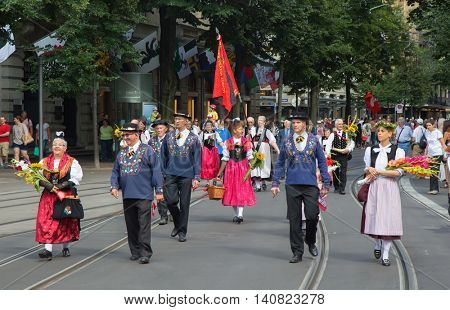 ZURICH - AUGUST 1: Swiss National Day parade on August 1, 2016 in Zurich, Switzerland. Representatives of cantons in a historical costumes.