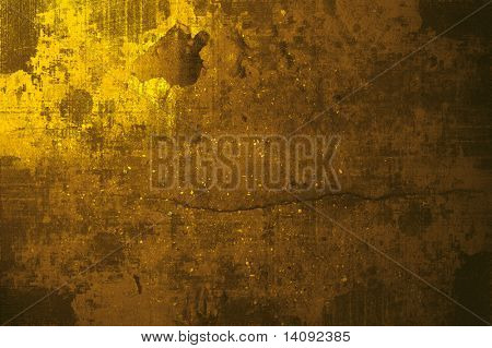 drama gold grunge wall in paris, ideal to create dramatic effects