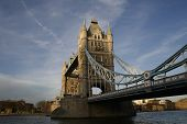 Постер, плакат: Towerbridge в вечернем солнце