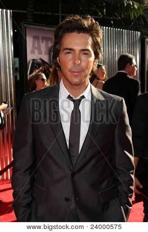 LOS ANGELES - OCT 2:  Shawn Levy arriving at the