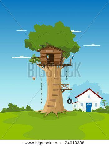 Casa del árbol en el patio del jardín