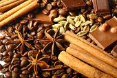aroma coffe. ingredients. coffe beens, anise, chocolate, cardamon, cinnamon