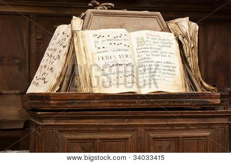 Books Of Gregorian Song