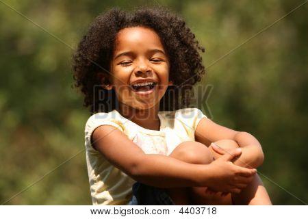 Kind lachen