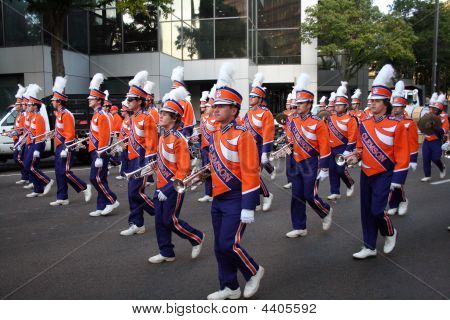 Clemson Marching Band no Gator Bowl Parade