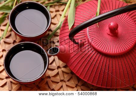 Traditional Japanese teapot and cups