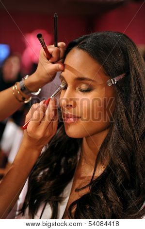 NEW YORK NY - NOVEMBER 13: Model Cindy Bruna poses backstage