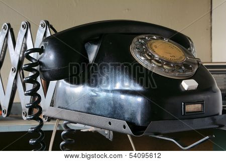 an old phone