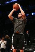 BROOKLYN, NY-APR 22: Brooklyn Nets point guard Deron Williams warms up before a game at Barclays Cen