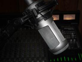picture of recording studio  - studio microphone for vocal recording - JPG