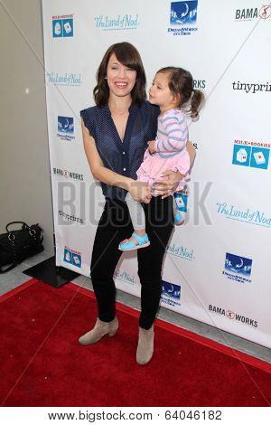 LOS ANGELES - APR 27:  Marla Sokoloff, Elliotte Puro at the Milk + Bookies Story Time Celebration at Skirball Center on April 27, 2014 in Los Angeles, CA