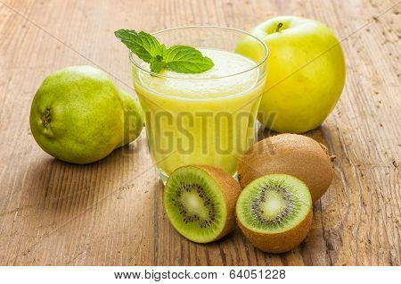 Fresh smoothie made from kiwi pears and apples