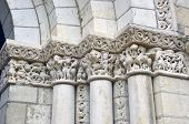 pic of anjou  - Close up of Columns in Fontevraud Abbey  - JPG