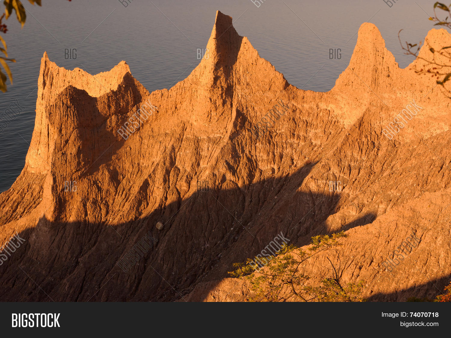 Eroticland ' shadows with erotic land formations
