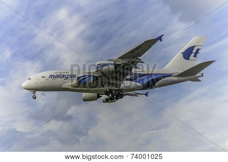 Malaysia Airlines Aircraft 9M-MNE