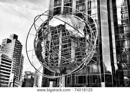 Globe In New York, Black And White