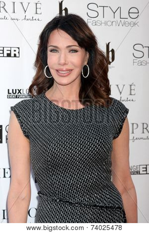 LOS ANGELES - OCT 15:  Hunter Tylo at the Sue Wong