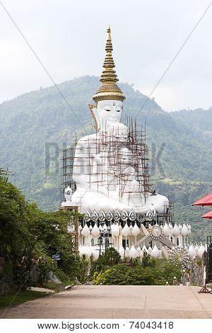 5 Lord Buddha