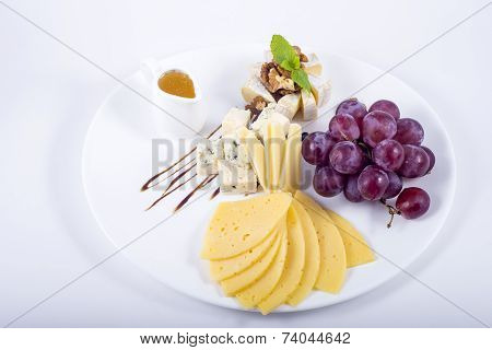 Cheese Grapes