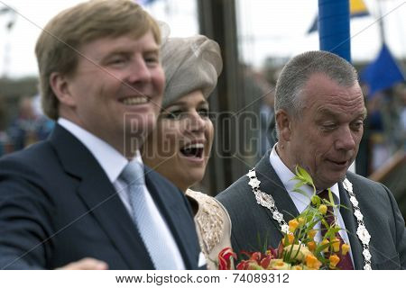 Queen and king of the netherlands.