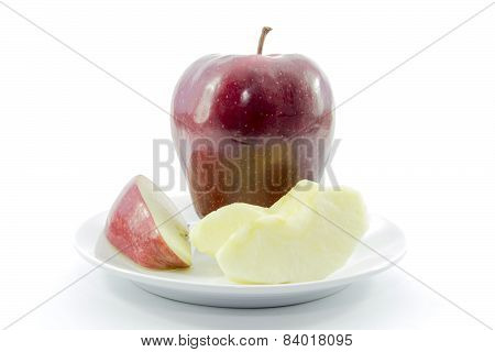 Red Apple Sliced And Peel With Raw Material