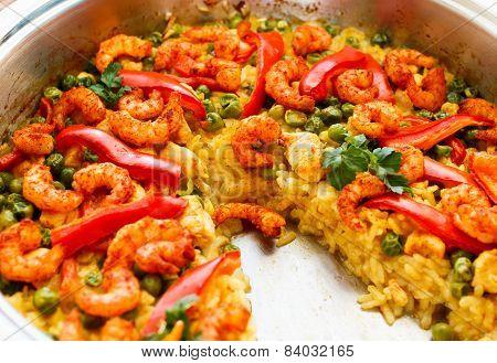 shrimp paella, partially eaten