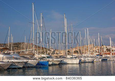Marina Yachts Cesme