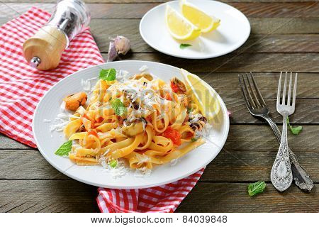 Nutritional Pasta With Seafood