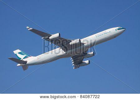 Thailand,bangkok-nov22 : Cathay Pacific Airline Plane Flying Above Suvarnabhumi Airport Runway  In B