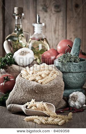 Pasta With Garlic & Herbs