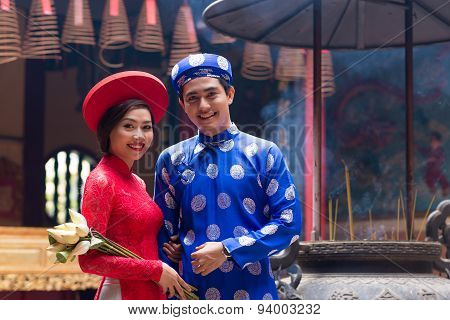 Vietnamese Bride And Groom