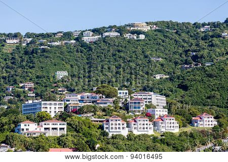 St Thomas Resorts With Solar Panels